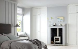 High ceiling bedroom design tips   storage and décor  copy